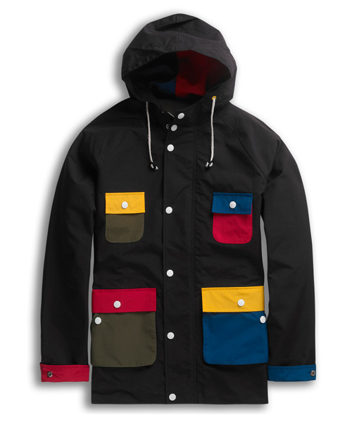 Fun colored pockets on this Lazy Oaf Black Anorak. Wee!