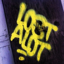 j8d6m:  #LostAlot #Lost #Lostoe #Alot #Ironbound #Newark #NJ #NewarkGraff #Graffiti