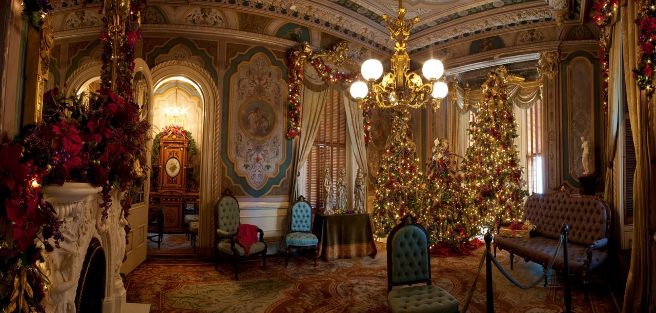 Victorians: overdoing Christmas since 1846.  (Who am I kidding I love this kind of stuff)