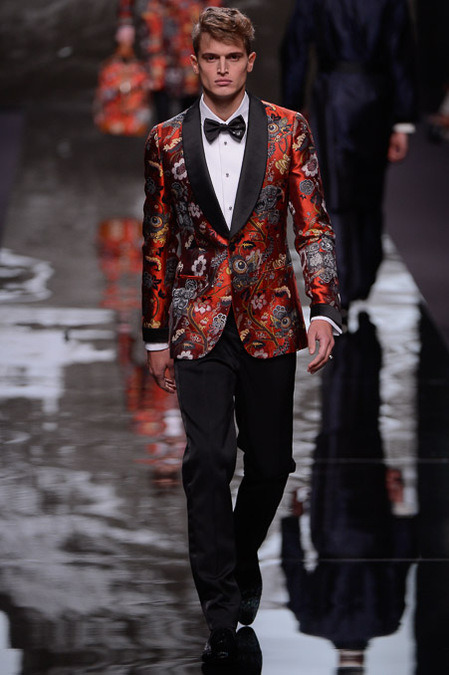 themineicallmymind:  Louis Vuitton FW13  i have a blazer just like this