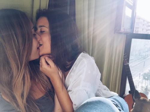 порно с толстыми русскими лесбиянками
