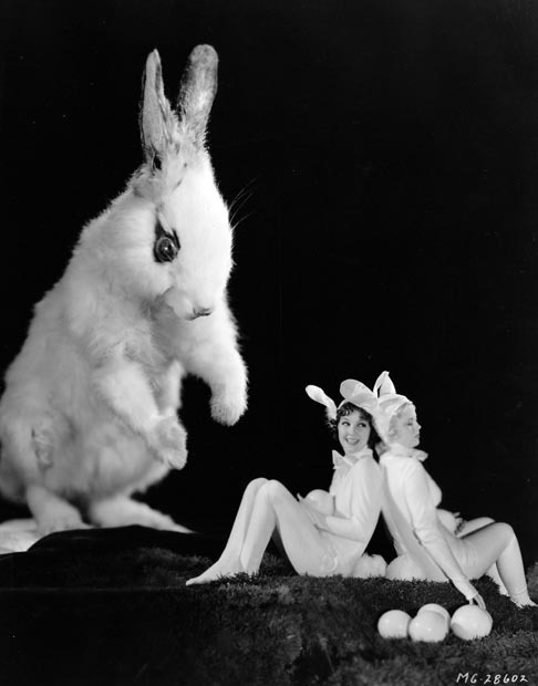 maudelynn: Jean Parker and Mary Carlisle ….waiting on the Easter Bunny