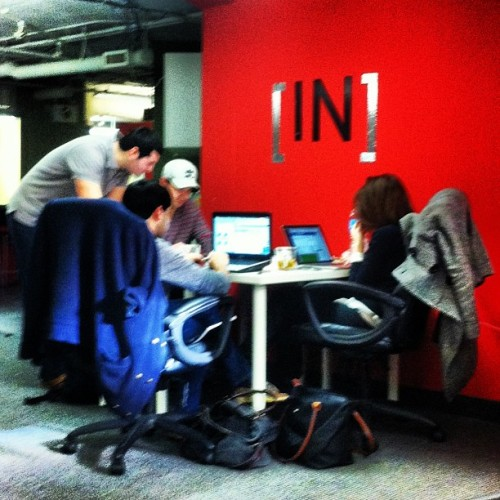 @hovrit in a scrum @INcubes http://Hovr.it (at INcubes)