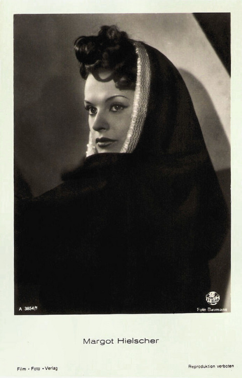 Margot Hielscher (by Truus, Bob & Jan too!)
