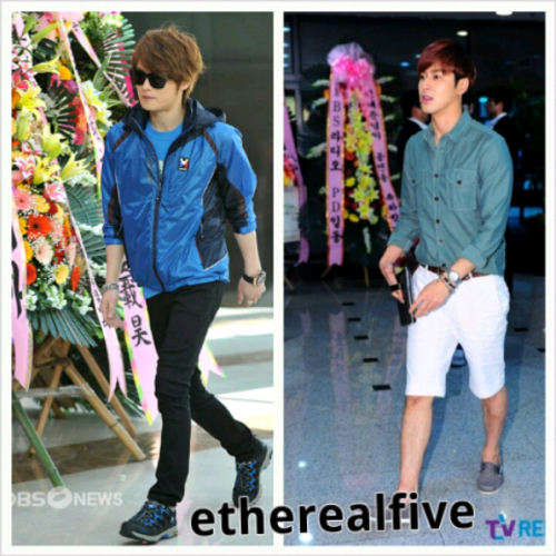 etherealfive:  Yunjae style today! walking near flower wreath ♡