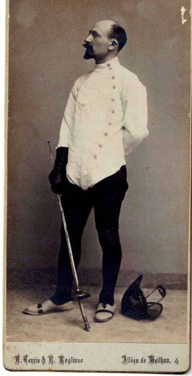 …pelon fregon honour-or-death:  Épée Master - France, 1899.