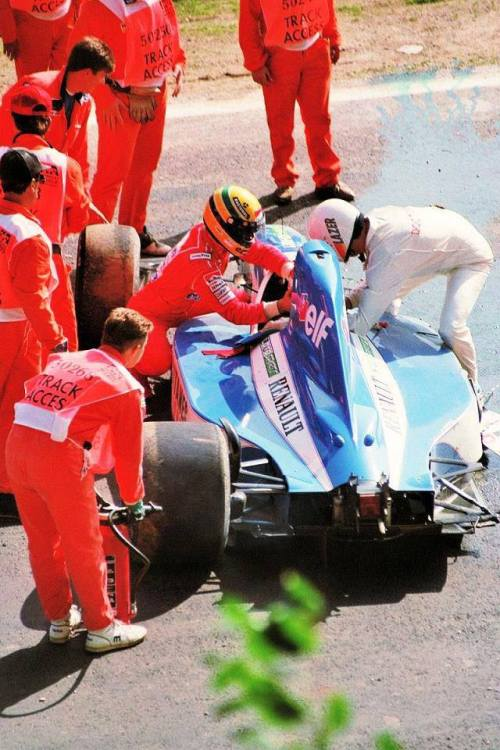"""I would have died without the help of Senna because my Ligier would explode. Ayrton stopped to help me when my own teammate had passed straight. He had a heart sensational"" - Erik Comas"