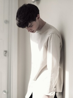 jeou:  Matthew Bell by Cecile Harris