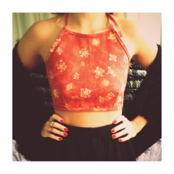 fo-il:  Follow @kbleadesigns on Instagram to order this top! And find other cute, affordable, made to order clothing xxx