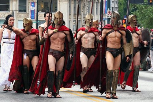 "Please meet a few members of DragonCon's ""300"" fandom   lol that dude on the left.  ""Nah, man.  YOU'RE awesome!"""