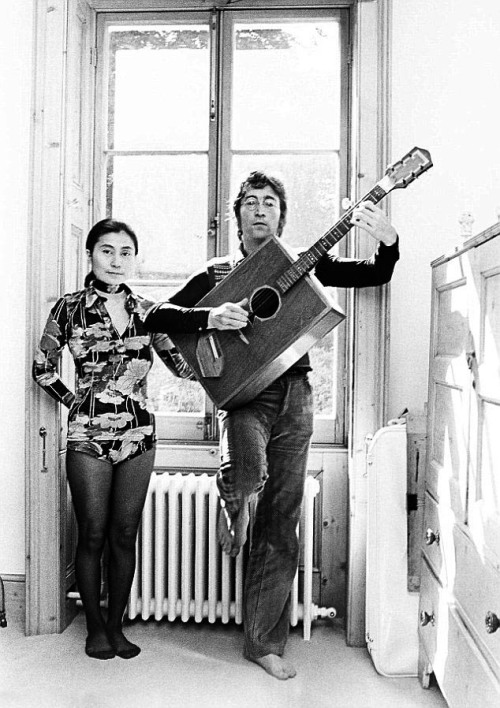 soundsof71:  John and Yoko, at home at Tittenhurst, 1971, photo by Tom Hanley. So, so many questions….