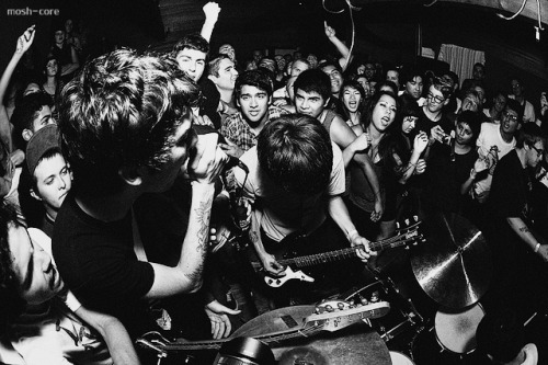 mosh-core:  Joyce Manor