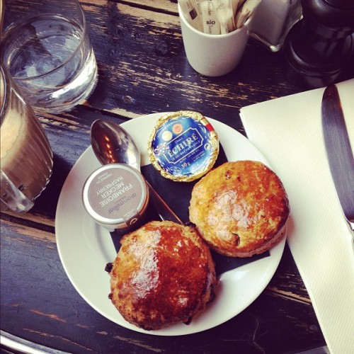 Scones for #breakfast at Merci. #paris