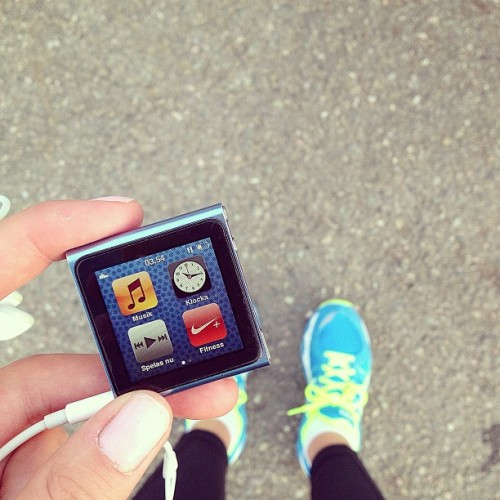 idagetsfit:  Time for a run! 🏃💦  so awesome