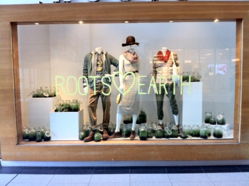rootscanada:  Happy Earth Day!