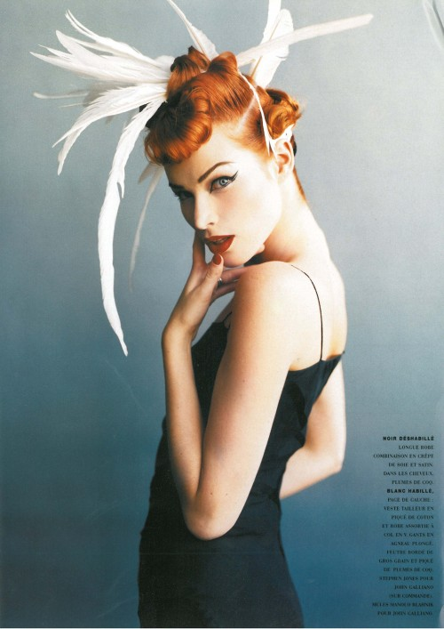 "80s-90s-supermodels:  ""Francemapou Lete Qull Style!"", Vogue France, February 1995Photographer : Mario TestinoModel : Meghan Douglas"