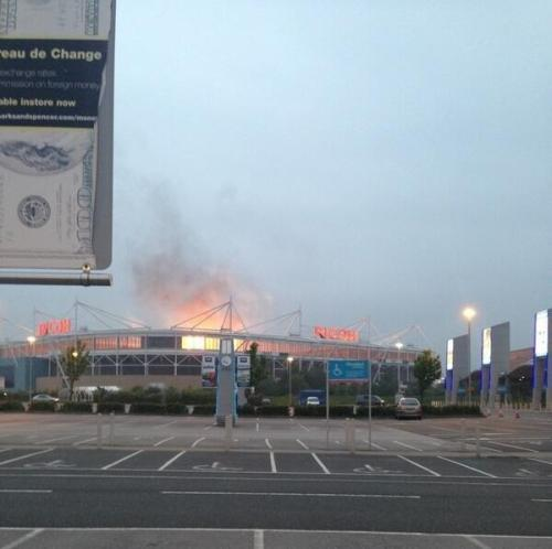 ccfctv:  MUSE light up Ricoh Arena; Stadium not on fire.  MUSE set The Ricoh Arena alight on Monday, causing panic amongst Twitter users. Rock band MUSE sent…  View Post  MUSE IS ON FIRE!!
