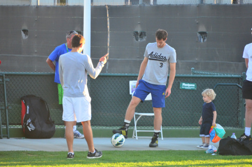 I think Gilles Simon's son likes Andy ;)