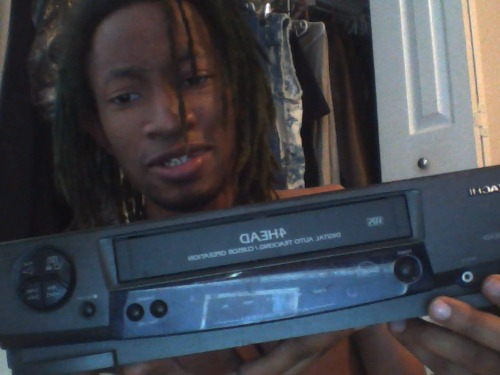tastemysole:  malcolmsex:  just got that brand new xbox one  I'm out