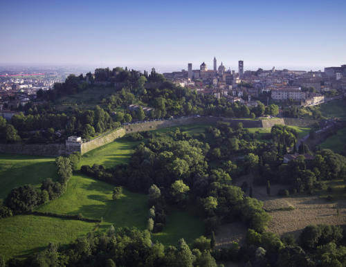 Local Travel: BergamoBergamo is situated the foothills of the Alps with Lake Como and Milan all under an hour away –…View Post