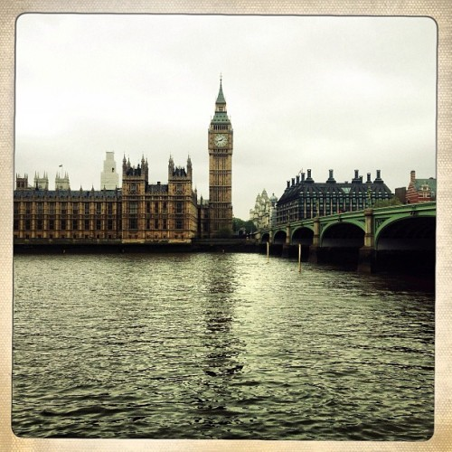 Today's #viewfromtheoffice #igetaround  (at Westminster Bridge)