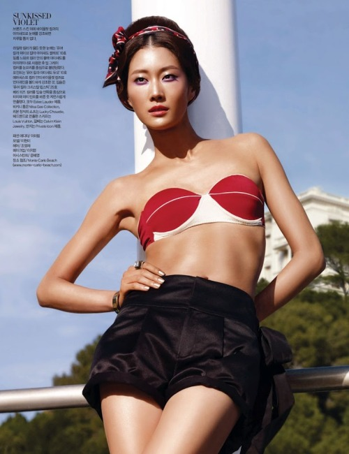 Harper's Bazaar Korea Title: Modern Lady Model: Lee Hyun Yi Photographer: Ahn Joo Young June 2012