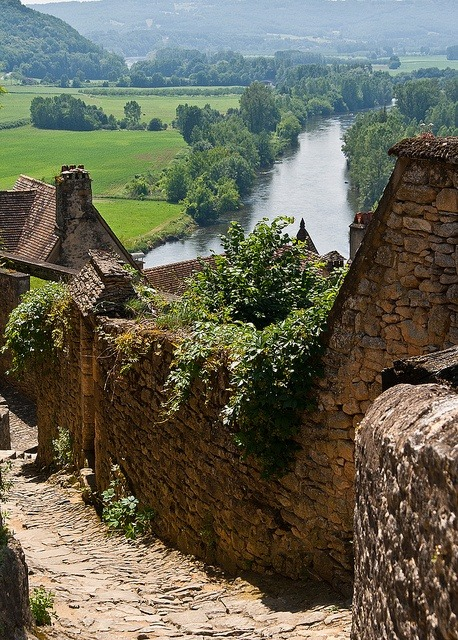 haveninthesun:  Beynac, France