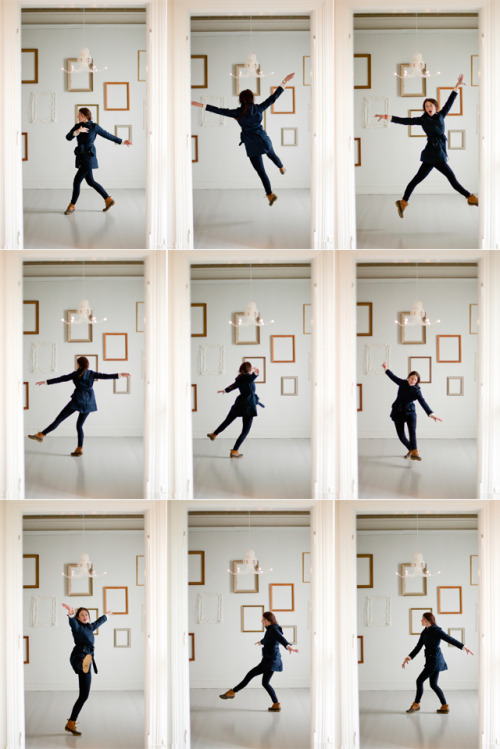 modernhepburn:  wendesgray:  (via when the museum was empty : a dance)