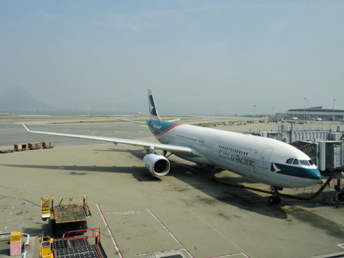 airbus-fanboy:  Airbus A330-343 Cathay Pacific (B-LAD) parked at Hong Kong. Photo Credit: Luke Lai