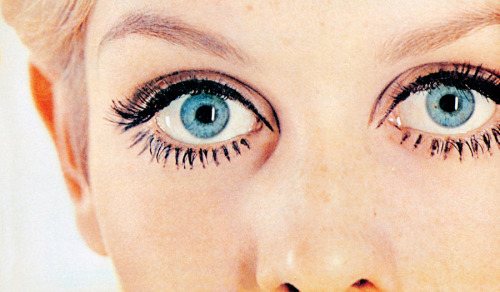 vintagegal:  Twiggy, 1967