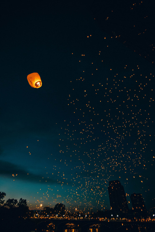 brutalgeneration:  Lights In The Night (by MightyBoyBrian)