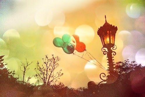 Walt Disney Balloons | Walt Disney on We Heart It - http://weheartit.com/entry/62218030/via/dani0695   Hearted from: http://pinterest.com/pin/332984966169091863/
