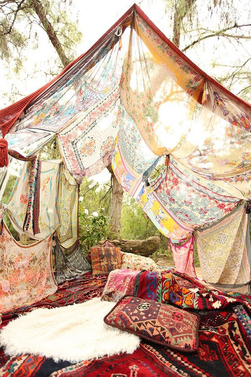 artistic—hippie:  This would be nice on We Heart It.
