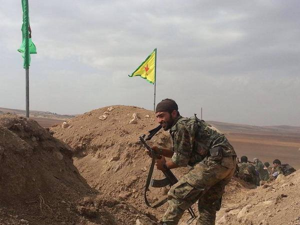 bijikurdistan:  Oct 14 YPG liberated the village Til Seir 4 km west of Kobanê and killed 50 ISIS Terrorists. The ISIS flag was removed and replaced by the YPG flag on the hill of the village.