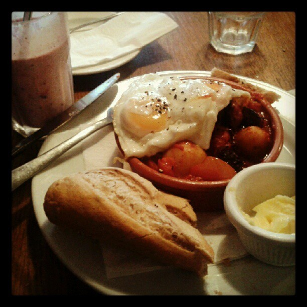 lush hangover #brockleymess #cafe #hangover #brunch #date #bread #spanish #espanol