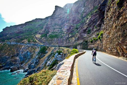 unpaved-cycle-club:  Cycling in South Africa. What a dream!  One day!