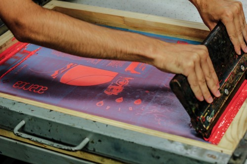 acercazine:  Screen printing the zine