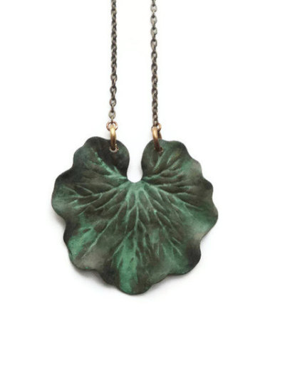 """Leaf"" Necklace by SimoneSutcliffe  Their tumblr is simonesjewel"