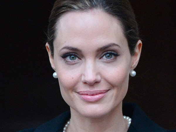 nbcnews:  Angelina Jolie: I had double mastectomy because of high breast cancer risk (Photo: Toby Melville / Reuters) Angelina Jolie says she has undergone a preventive double mastectomy after being told that she had an 87 percent risk of breast cancer, along with a 50 percent risk of ovarian cancer. Read the complete story.