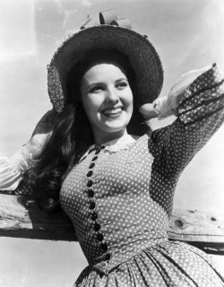 retrogirly:  Linda Darnell