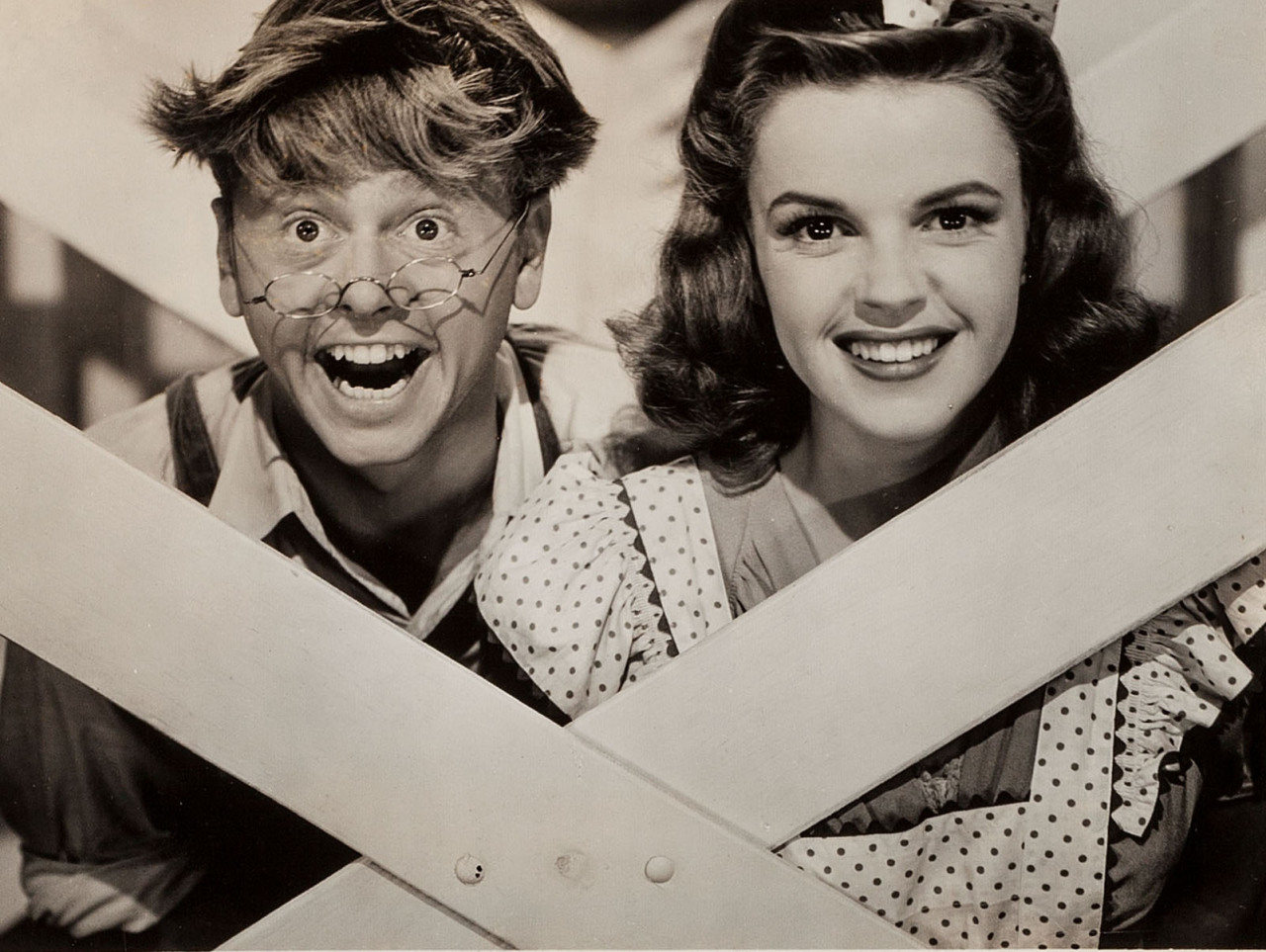 "Mickey Rooney y Judy Garland en ""Chicos de Broadway"", 1941"