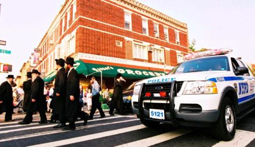 "haaretz:   New York City is suing seven ultra-Orthodox business-owners for posting modesty guidelines in their stores, located along a two-block stretch of Lee Avenue, Williamsburg's main Hasidic shopping street. The signs read: ""No shorts, no barefoot, no sleeveless, no low cut neckline allowed in this store.""  …with what lawyers? :)"