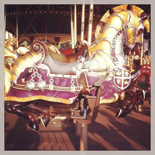 #disneylandparis #carrousel #horse