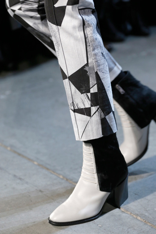 floraspice:  shoes at Helmut Lang Fall/Winter 2013 | NYFW