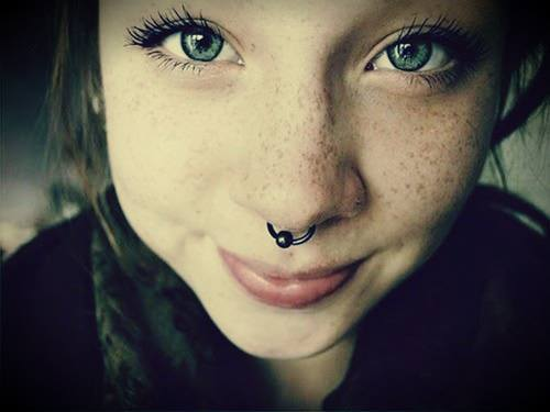 girl blue eye |