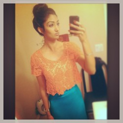 Outfit of the night :) #bun #croppedshirt #longskirt
