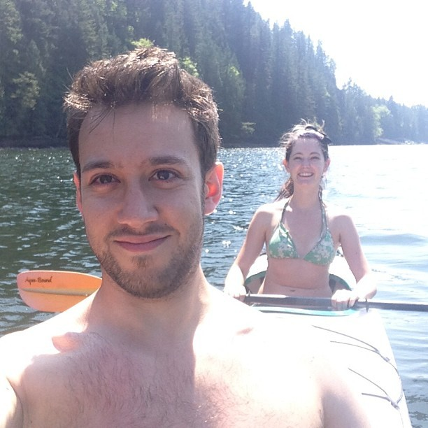 Kayaking with @teacup in Deep Cove. Splendid sunny day! (at Deep Cove)