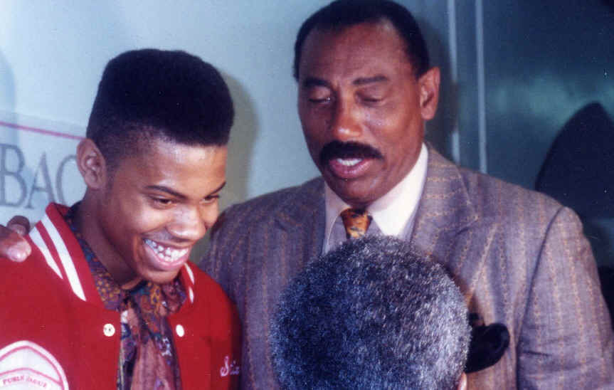 Pic: Ball Don't Lie! A young Sheed meets Chamberlain.