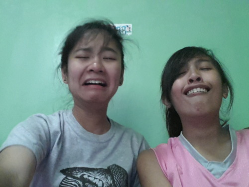 Day 08 - A picture that makes you laugh HAHAHAHA kasi parang natatae si Jes :)