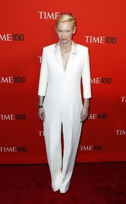 From Buzzfeed: 20 Reasons Why Tilda Swinton Is The Most Fashionable Person of Our Time   Um, the #only reason should be because of how effortlessly she rocks a suit. Every. Single. Time. (But the high fashion and androgynous looks are cool too.)